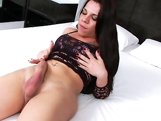 Big dick cumming on a shemale