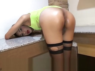 Ladyboy Wanks In Frustration In Not fucked